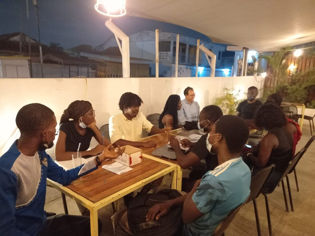 Activities in Accra: practicing languages with native/fluent speakers. What to do in Accra?